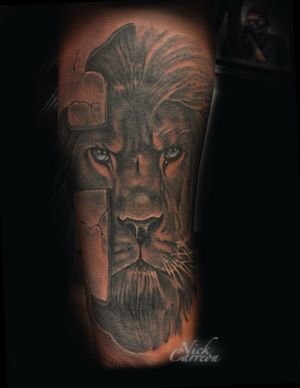 Redesign of a very popular concept to fill this individuals arm, the lion/cross combo is a classic
