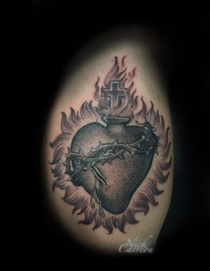The sacred heart of Jesus is such a powerful design and so fun to tattoo.