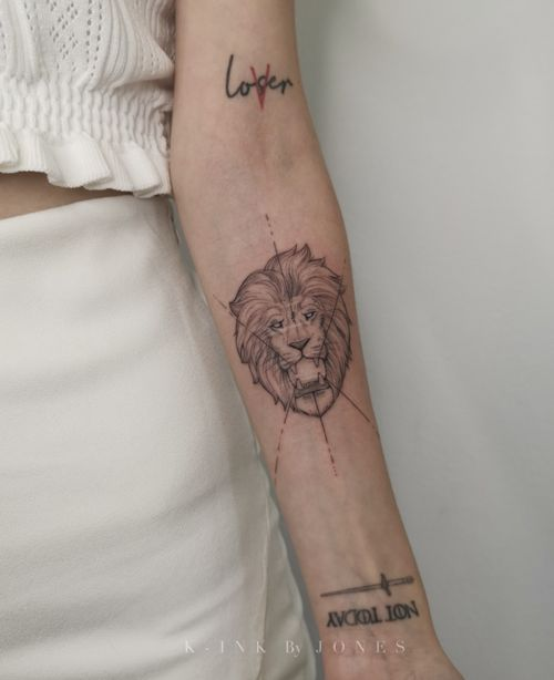 Loser/Lover/Lion Had the honor of adding this Fineline lion into a scared passed. This is not a cover of old scars but an add-on Tattoo was done with a single liner and took under 1 hour to do