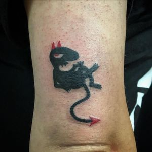 👹 #tattoo #tattoos #tattooideas #tattooartist #tattoocollector #tattooadict #tattooforgirls #tattooforwoman #tattooforever #tattoolove #devil #deviltattoo #minimalisttattoo #smalltatto #tatuaż #polskiestudio #tattoome #tilburg #holandia #blackandredtattoo #diabeł #cheyennetattooequipment #cheyennepen #armtattoo #inked #inkedforlife