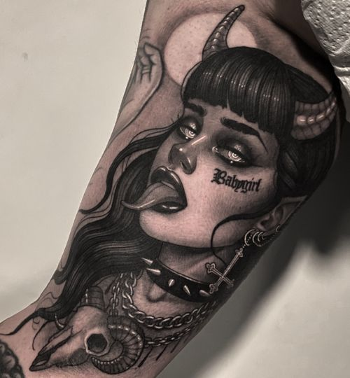 Demon baby girl 😈🖤