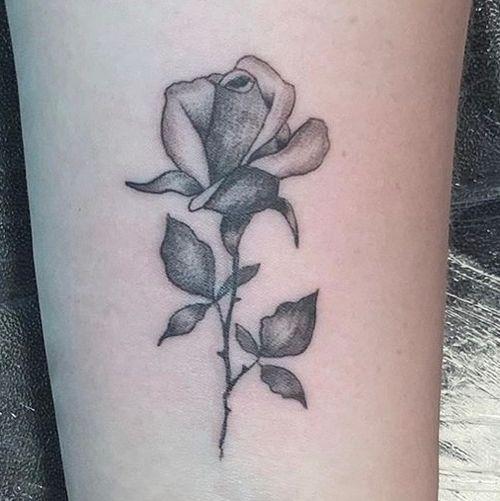 #rosetattoo #floraltattoo