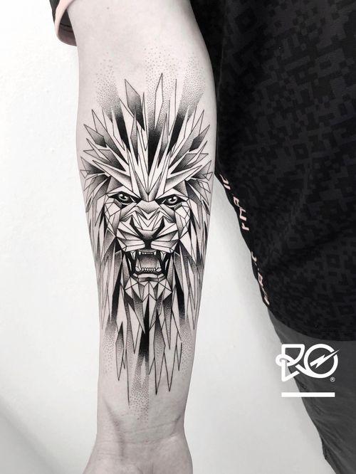 S A V A G E  G E O M E T R Y ——— By RO. BERT PAVEZ • M M X X • ®️ • Stockholm - Sweden ——— For bookings send me an email to: robert@roblackworks.com • - - - - #dotwork #dotworktattoo • made with #fkirons #criticalpowersupply #truegrips #sorrymomtattoo #kwadron #tatsoul #saniderm • #tattoo #btattooing #blackwork #tattrx #blacktattoomag #tattooist #blackworkerssubmission #dotworkers #darkartists #Equilattera #blacktatts #tattoodo #blackworkers_tattoo #TattooisArtMagazine #inkstinctsubmission #inkedmag #bw #skinartmag #d_world_of_ink #inkedgirls #hifructose