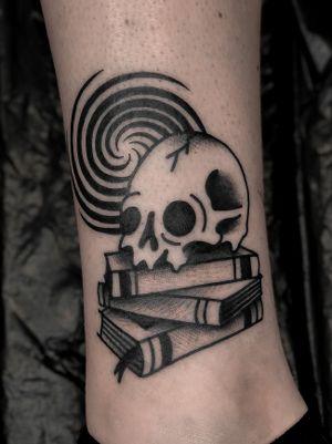 Knowledge and madness skull on books tattoo by satanischepferde #traditional #traditionaltattoo #blackwork #darkart #dark #occult #creepy #skull #skulltattoo #knowledge #madness