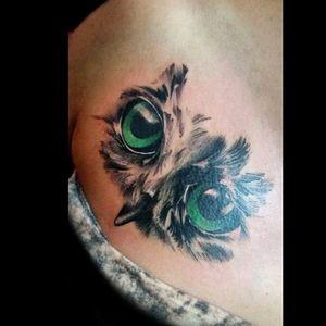 Y el qe más me gustó del dia.. un buhito cover.. #tattoo #inked #ink #buho #buhotattoo #cover #covertattoo #eyes #eyestattoo #luchotattoo #luchotattooer #pergamino