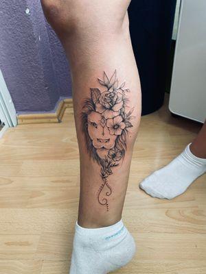 Tattoo lion#women tattoo#leg tattoo