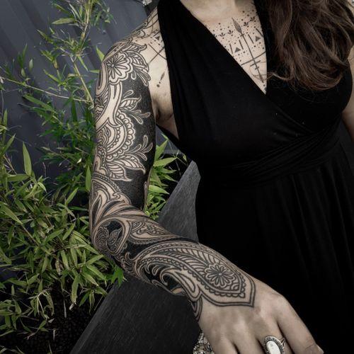 Ornamental sleeve #ornamentaltattoo #freehandtattoo #paisleytattoo #boldlinetattoo #mehnditattoo #fullsleevetattoo
