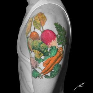 Instagram: @rusty_hst Veggie quarter sleeve #illustrative #color #vegetables