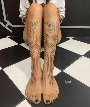 All freehand tribal leg piece