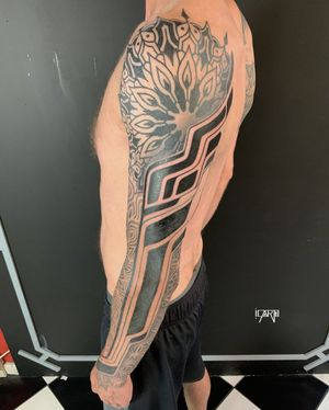 Full sleeve