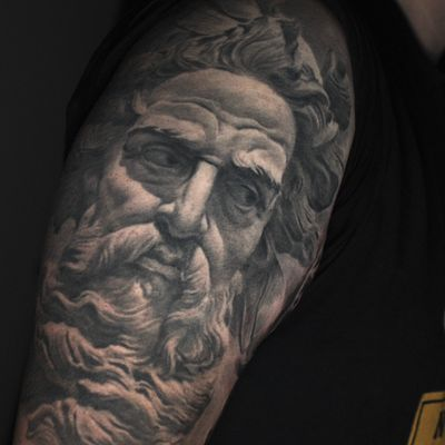 Neptune , one year healed #neptune#sculpture#mythology
