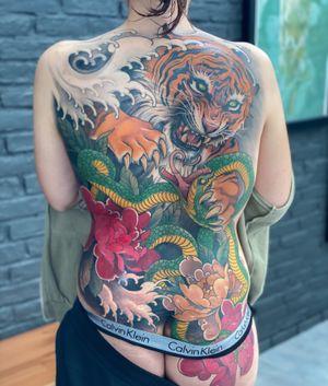 Koi tiger backpiece