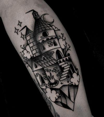 Dark castle fantasy tattoo by satanischepferde #fantasy #castle #dark #traditional #traditionaltattoo #blackwork #legtattoo #erfurt #bold #architecture