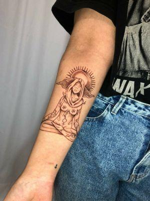 #autoral #deusagaia #gaiatattoo #tatuagem #deusa #feminilidade #fineline #saopaulo #pirituba