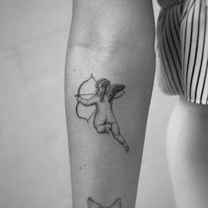 Microrealism cherub