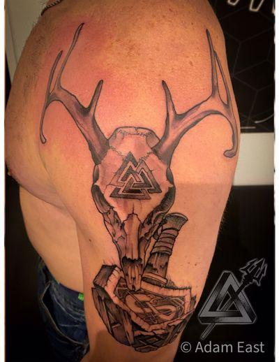 Hail to the Norse!!! #vikingtattoo #valknut #mjolnir #blackandgreytattoo #blackandgrey #tattoo #tattooartist #stagskull #stag #revolutioninkpelham #wedoitbetter