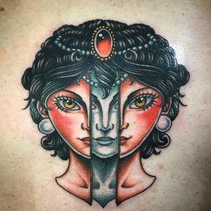 #girlhead #alien #oldschool #traditional #sevendoorstattoo #manusantana