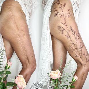Scar cover #MartaMadrigal #fineline #dotwork #illustrative #flower #ornamental #scarcoverup #coveruptattoo