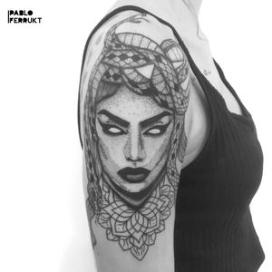 Medusa for @nassyssunsets , thanks so much! Done @amikatattoo . For appointments write me a PM or an email to pabloferrukt@icloud.com #dotworktattoo . . . . #tattoo #tattoos #tat #ink #inked #tattooed #tattoist #art #design #instaart #thinlinetattoo #smalltattoos #tatted #instatattoo #medusa #tatts #tats #amazingink #friedrichshain #inkedup #berlin #berlintattoo #medisatattoo #medusadotwork #berlintattoos #dotwork #delicatedtattoo #tattooberlin #shouldertattoo