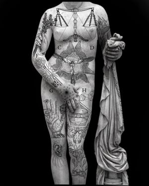 Available designs #tattooreference #tattoodesign #tattooidea #barcelonatattoo #valenciatattoo #tattoobarcelona #occult #emblema #science #mythology #etching #esoterica