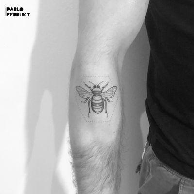 Ber for @mcknavel , thanks again! Bookings open for December! #dotworktattoo . . . . #tattoo #tattoos #tat #ink #inked #tattooed #tattoist #art #design #instaart #thinlinetattoo #smalltattoos #tatted #instatattoo #dotworkbee #tatts #tats #amazingink #friedrichshain #inkedup #berlin #berlintattoo #bee #koalatattoo #berlintattoos #dotwork #delicatedtattoo #tattooberlin #smalltattoo