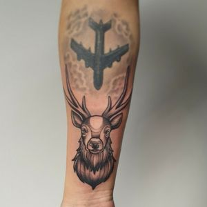 Neotraditional stag