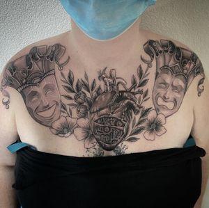 #tattoo #tatouage #chest #chesttattoo #mask #masktattoo #venetian #venetianmask #heart #hearttattoo #mechanicalheart #dot #dotwork #dotworkers #lausanne #lausannetattoo #tattoolausanne #fann_ink