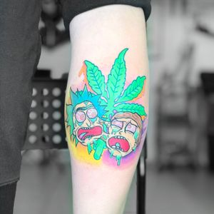 Rick and morty tattoo Insta:@flyrosetattoo #tattoo #tattooanime #tattoocartoon #2x2 #flyrosetattoo #ricktattoo #mortytattok #weedtattoo #marijuanatattoo #acidtattoo #colortattoo #dopetattoo #yestattoo #newschool #newschooltattoo #videogamestattoo #thebesttattoo