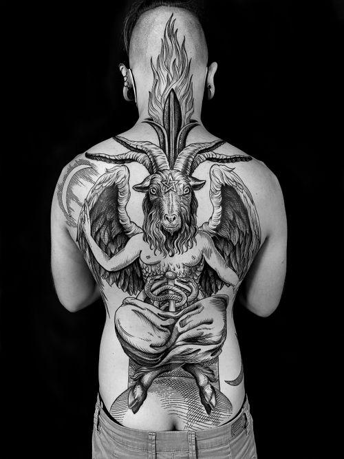 #baphomet #etching #etchingtattoo #engraving #engravingtattoo #gravure #tatouage #tattoo #blacktattoo #blackwork #blackworkers #blackworkers_tattoo #blackworkerssubmission  #blackandgreytattoo #art #arttattoo #mauddardeautatouages #mauddardeau #bordeaux #bordeauxtattoo