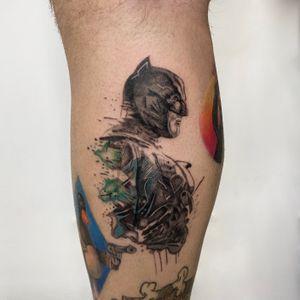 Batman 🦇 Done by IG: @yleniaattard #dctattoo #batman #watercolour #blackwork #illustrative