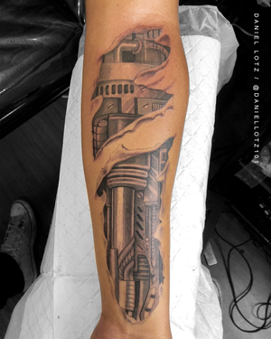 Ex Machina . . . #amazing #mechanicaltattoo by @daniellotz101 . . . @flashheal @creamtattoosupplyza @tattooinc.co.za @ecotatpro @electrumstencilproducts @dynamiccolor @blackclaw @south_african_tattoo_society . . . FOR BOOKINGS : Email: info@kakluckytattoos.com Call: 021 422-2963 . . . #tattoo #tattoos #kakluckytattoos #mood #lekker #capetowntattoos #mood #love #staysafe #art #artists #wecandothis #belekker #safetyfirst #covid19prepared #goodvibes #keepsafe #art #artist #beauty #bigmood #instagood #instadaily #nature #picoftheday #photography #capetown #420 #finelinetattoos #picoftheday #photography