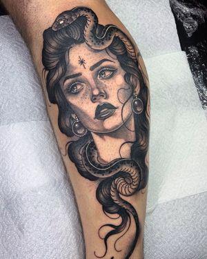 Lady with snake 🐍 #blackandgrey #neotraditional #snaketattoo #girltattoo #neotrad