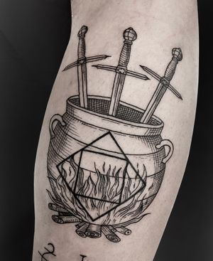 #barcelonatattoo #fineline #blackwork #wicca #witches #esoteric #alchemical #philosophy #hermetica #oldillustration #etching #engraving