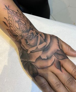 Freehand rose & ornamental design ✨