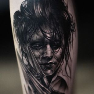 Tattoo by Nina Richards #NinaRichards #realism #blackandgrey #portrait #edwardscissorhands #johnnydepp #movie #timburton #darkart #horror