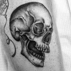 #skull #blackandgrey #missvampira