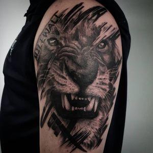 Lion #liontattoo #millwalllion #lion #startattooist #millwall