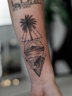 #tatuajes #santamarta #santamartattoo #tattoosantamarta #tatuajes #fineline #tattoominimalista