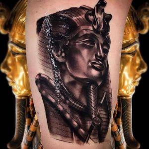 King Tutankhamen ⚖️ 👑  #fkirons #silverbackink #tattoo #blackandgreytattoo #tattooed #inked #tattooist #starrtattoosupplies #empireinks #ghostcartridges #blackandgreyuk #ink