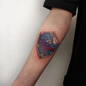 Hylian Shield in full color, done by Sara MacGregor