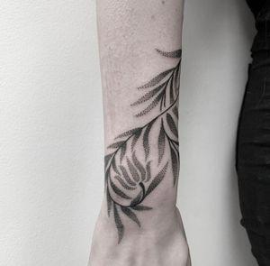 Floral dotwork