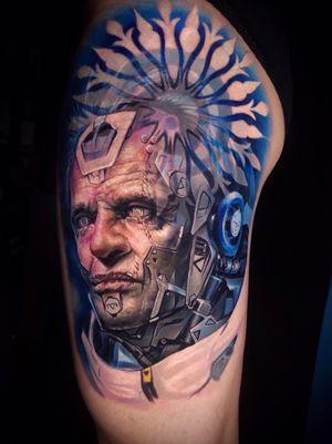 New try. Done with @kurosumitattooinkchina   @kurosumitattooink  . . . . . . . . #tattooideas #cyberpunkart #cyberpunktattoo #colortattooartist #colortattoos #tattooartwork #realismtattoos #realismcolortattoo #colortattooing #tattoodesigns #tattooartistic #machanic #realistictattooartist #tattoocolors #chongqing #nicetattoo #chinesetattooartist #facetattoos #robottattoo #tattooidea #纹身 #刺青 #赛博朋克 #shanghaitattoo #chengdutattoo #chongqingtattoo #kurosumiink #重庆 #cyberpunk2077 #cyberpunkdesign