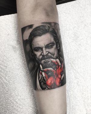 @leonardodicaprio 🩸 @django_unchained_official . . . #tattooed #inked #art #artist #tattooartist #budapest #budapesttattoo #bp #hungary #hungariantattoo #europetattoo #decaprio #django #djangounchained #djangotattoo #minimaltattoo #blackwork #bnw #realistictattoo #tattooedmag #inkedmag #dicapriotattoo #photo #photography #travel #tattooedgirl #tattoomodel