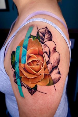 Realism yellow rose meets black and grey stippling