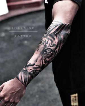 #tattoosouthafrica #hillsidetattoo #ashjworldwide #tigertattoo #forearmtattoo