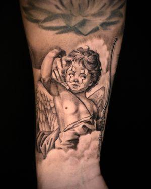 Single Needle Payaso Cherub - made at Black Widow Tattoo. Toronto, Canada