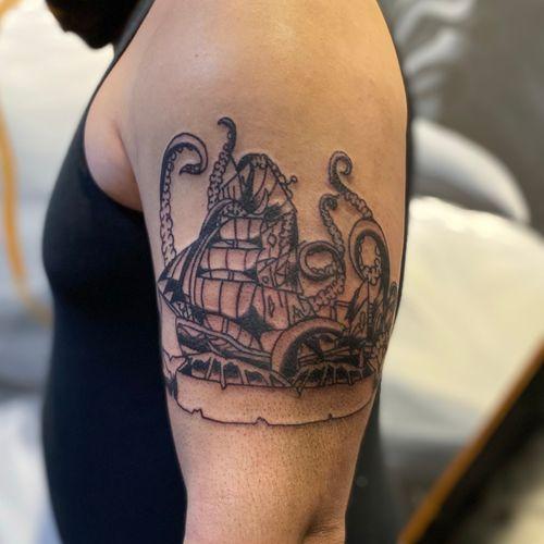 Kraken vs Ship traditional piece