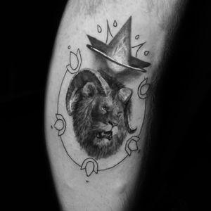 Tattoo by Hollywood Stars Tattoo