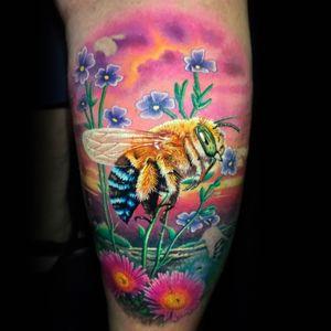 Work in progress (bee is fresh, background healed).