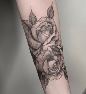 Roses  • Contact me on my Instagram @paigejeantattoos or text me at 805-835-2230 (: